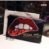 Rocker Chic Hot Lips Black Sequins Shoulder Bag Clutch Chain Messenger Bag Women Mouth Purse Handbags