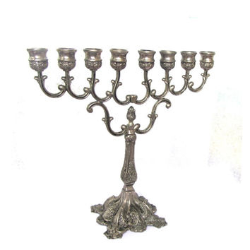 Silver plated hanukka menorah. Ornate chanukah menora. Judaica Israel. 8 arm candelabra. Floral design. Shammash missing. Vintage.