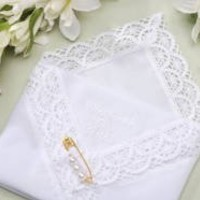 Darice VL3066 Mother of The Bride Embossed Handkerchief Hankies with Pearl Pin