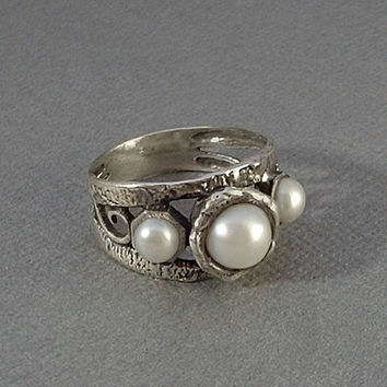MODERNIST Vintage STERLING Silver PEARL Ring Genuine Pearls Organic Brutalist Wide Band Israel, Size 8 c.1980s, Mothers Day Gift for Her