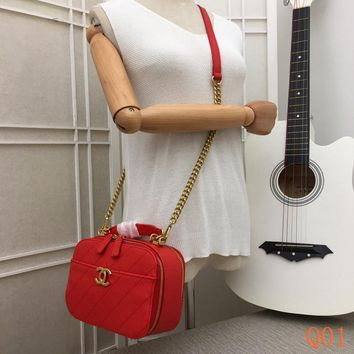 HCXX 19Aug 099 8181A Fashion Embossing Quilted Bag Leather Chain Shoulder Cambridge Satchel Bag 33-23-10CM Red