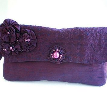 20% COUPON SALE, clutch, purse, wristlet, bridal clutch, bridal purse, bridesmaid, formal, prom, purple, plum, dupioni silk, beaded