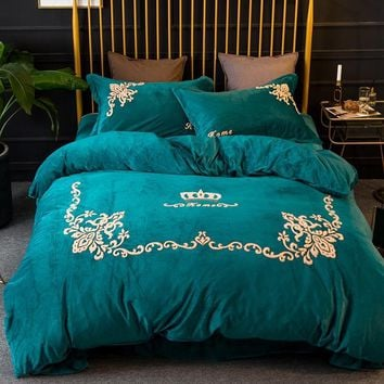 Luxury Crystal Flannel Classic Crown Bedding set Winter Warm Fleece Crewel Embroidery Duvet cover Bed Sheet Queen King size 4pcs