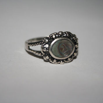 Vintage Flower inspired Beautiful Abalone Vintage Ring Size 7.75 - free ship US