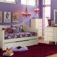 Jaclyn Place 3 Pc Daybed Bedroom