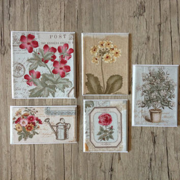 Crafted small cards with envelopes - set of 5 post greeting thanks card - botanical floral flowers - grey red rustic - europeanstreetteam