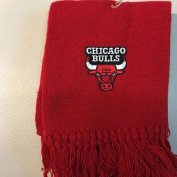 BRAND NEW NBA CHICAGO BULLS RED KNIT SCARF SHIPPING