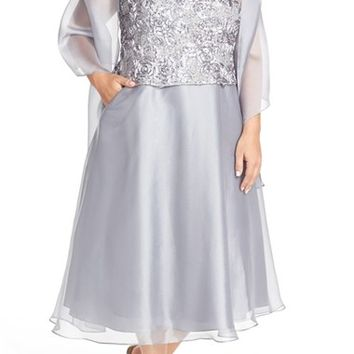 Plus Size Women's Alex Evenings Sleeveless Rosette Bodice Dress with Shawl,