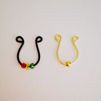 Faux Septum Ring- Black With Rasta Beads