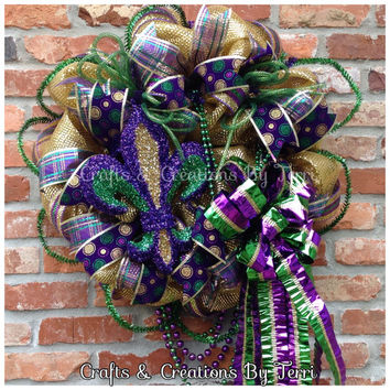 Mardi Gras Wreath - Fleur De Lis Wreath - Mardi Gras - New Orleans - Beads - Deco Mesh Wreath - Door Decor - Ready To Ship