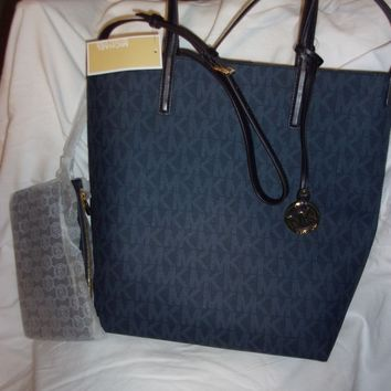 Michael Kors Hayley Large Convertible Tote Bag Blue/LTSky Signature MK'S Women's