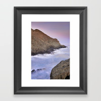 waiting for the moonrise Framed Art Print by Guido Montañés
