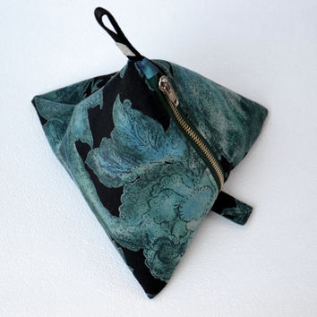 Pyramid make-up bag Geometric pouch Cosmetic bag Project bag Teal and black cotton velour fabric Emerald green taffeta lining Sturdy zipper