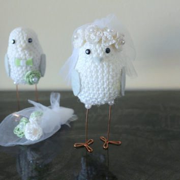 Green  wedding cake topper / Wedding Topper Love Birds/ Crocheted wedding Birds / Romantic Wedding Cake Topper, Crocheted wedding birds