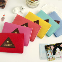 Triangle Humming Card Case