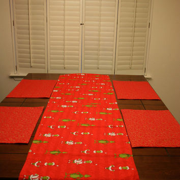 HOLIDAY SALE How the Grinch Stole Christmas and gold swirls reversible table runner with optional placemats