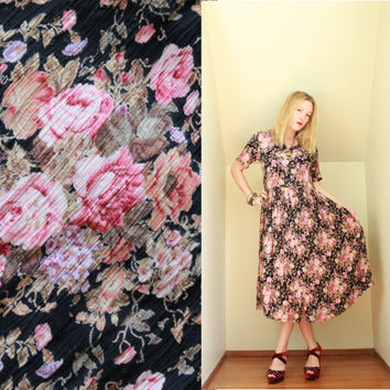 90s - Romantic - Pink & Black - Rose Floral - Lace Collar - Crinkle - Button Down - Baby Doll - Maxi Dress - Grunge Revival