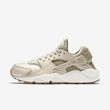 NIKE AIR HUARACHE PREMIUM from Nike  95de06e15