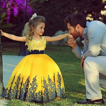 Saudi Arabic Yellow Lace Ball Gown Pageant Dresses for Little Girls Vestido de daminha First Communion Gowns Flower Girls Dress