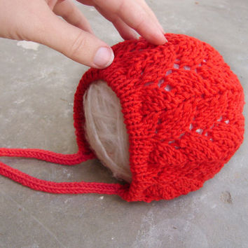 Baby bonnet in poppy red merino wool, lace hat choose your size, newborn size ready to ship