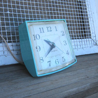 Vintage Aqua Blue Kitchen Wall Clock - Robin's Egg Blue Wall Clock - Aqua Blue 1950s Kitchen Clock - Working 1950s Wall Clock