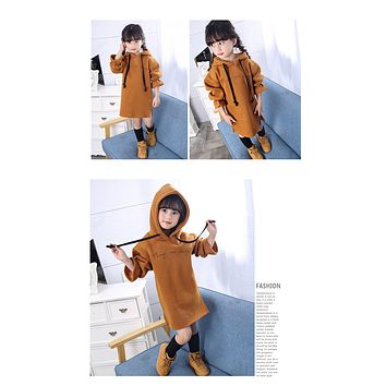 Girls sweater dresses new autumn and winter big child hooded jacket dresses children's letter casual clothes