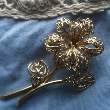Vintage Monet Gold Tone Flower Pin Rose Brooch Monet Collectible Gold Filigree Flower Romantic Gift Anniversary Gift Wedding Fall Jewelry