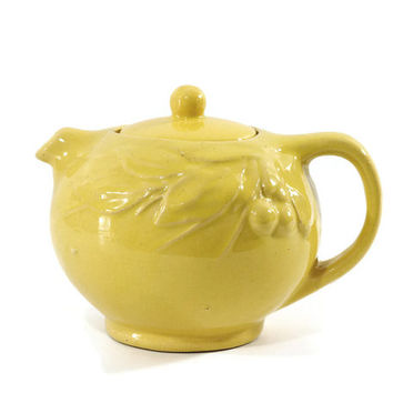 Vintage McCoy Teapot, Leaf and Berry, Yellow, 1930s