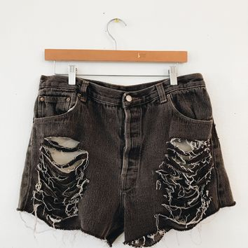 LEVIS SHORTS BOYFRIEND FIT- DISTRESSED BROWN