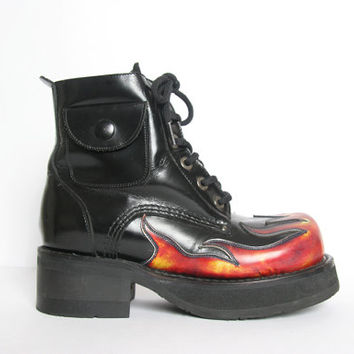 90s Chunky Flame Cyber Goth Boots // Size 7.5 // Combat Boots // Goth Boots // Flame Fire Boots // 90s Flame // Chunky Army Boots
