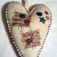 primitive country heart door hanger ornie