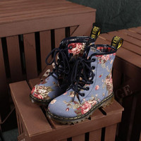 Lace Up Vintage Floral Boots Shoes