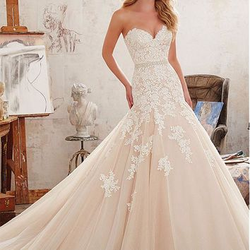 [188.99] Charming Tulle & Satin Sweetheart Neckline Mermaid Wedding Dresses With Lace Appliques - dressilyme.com