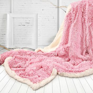 Luxury Long Hair Faux Fur Throw Blanket 130x160cm Winter Fluffy Warm Double Face Blanket