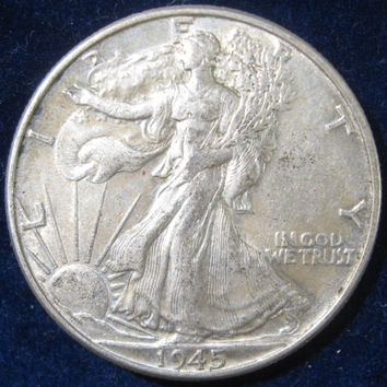 Silver Coin, 1945 USA, WW II Era Walking Liberty, Silver Half Dollar Coin, Collectible 50 Cent Silver Coin, Vintage Coin, Walking Liberty