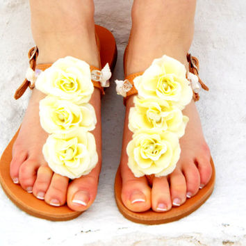 White Wedding Sandals, Shell & moonstone beads Sandals, Greek Sandal, barefoot sandal, Beach wedding Sandals, Summer shoes