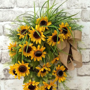 Yellow Sunflower Wreath, Summer Wreath, Front Door Wreath, Outdoor Wreath, Summertime Wreath, Grapevine Wreath, Silk Floral Wreath, Burlap