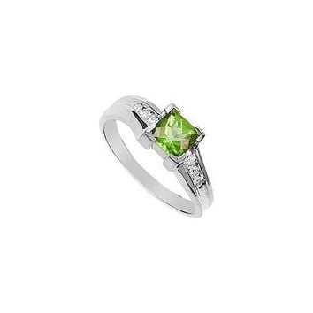 Peridot and Diamond Ring : 14K White Gold - 1.00 CT TGW