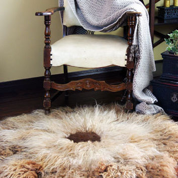 Thick Natural Wool Felt Rug Chrysanthemum