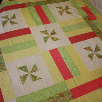 Cottage Pinwheels - Baby Girl Quilt / Lap Quilt / Yellow, Green, White, Pink
