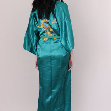 Vintage Chinese Robe Kimono Emerald Satin & Embroidered - Vintage Lingerie - Boho Chic - One Size Fits All