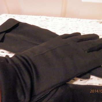 Vintage Ladies gloves  Jet Black Size 7 1/2 Made in Hong Kong @1950s 1960s
