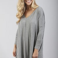 piko: ultimate everyday long sleeve v-neck tunic - heather grey