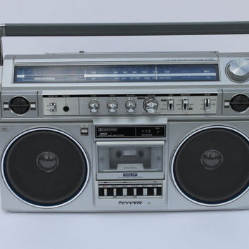 Vintage Large 1980's Boombox Ghetto Blaster Sanyo M-X520 Stereo Cassette Recorder