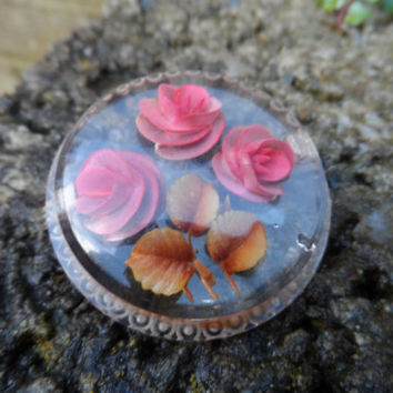 Stunning vintage reverse carved lucite brooch - vintage painted pin early plastic costume jewellery - vintage floral jewellery - ladies pin