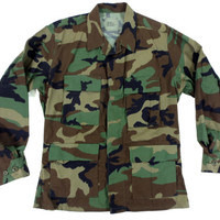 Vintage Camouflage Jacket - Camo Coat Military US Army Fatigues - Men's Size Medium Short Med M
