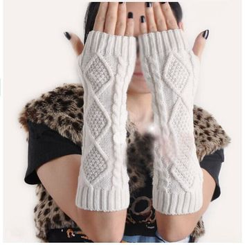 Women Fashion Arm Warmer Fingerless Knitted Long Gloves Cute Soft Warm Mittens