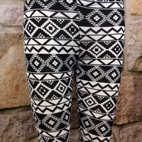 Black/White Tribal Leggings - LEG577BW