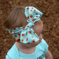 Strawberry Pickers Head Wrap