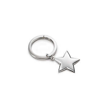 Tiffany & Co. - Star tag key ring in sterling silver.